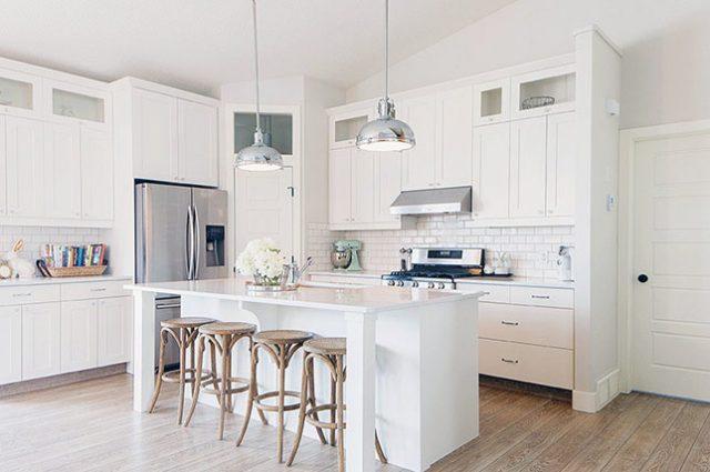 آشپزخانه تمام سفید