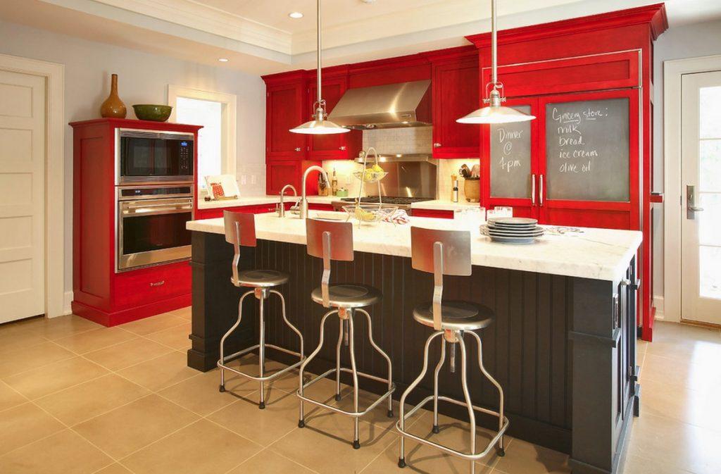 آشپزخانه با رنگ متفاوت از سایر منزل
