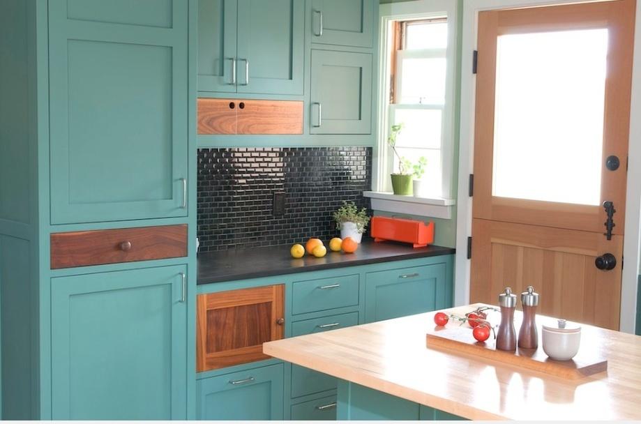 آشپزخانه مدرن آبی رنگ